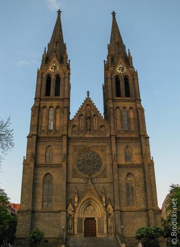 Храм Святой Людмилы, Прага, Чехия