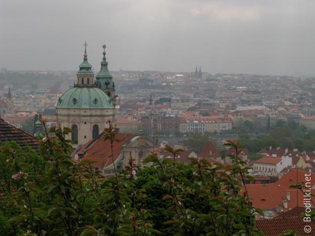 Прага - вид c холма