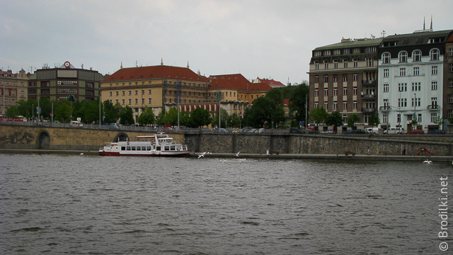 Прогулка по реке Влтава на кораблике, Прага, Чехия