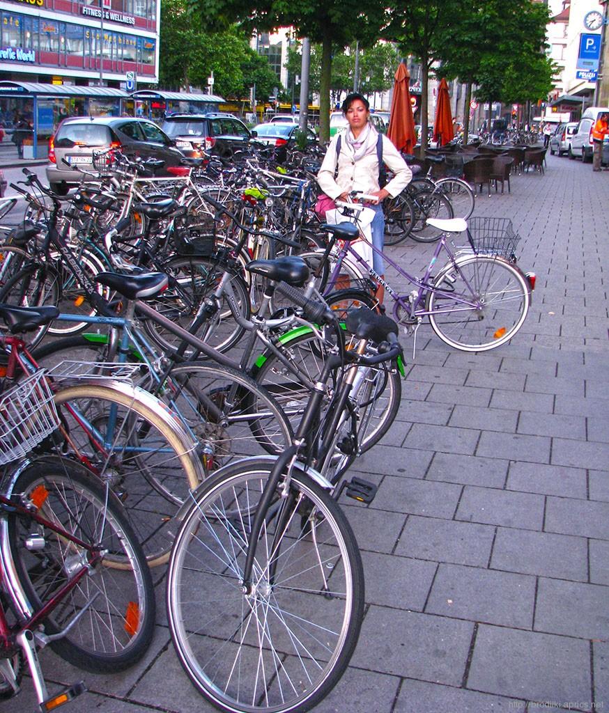 Велосипедная парковка в Мюнхене