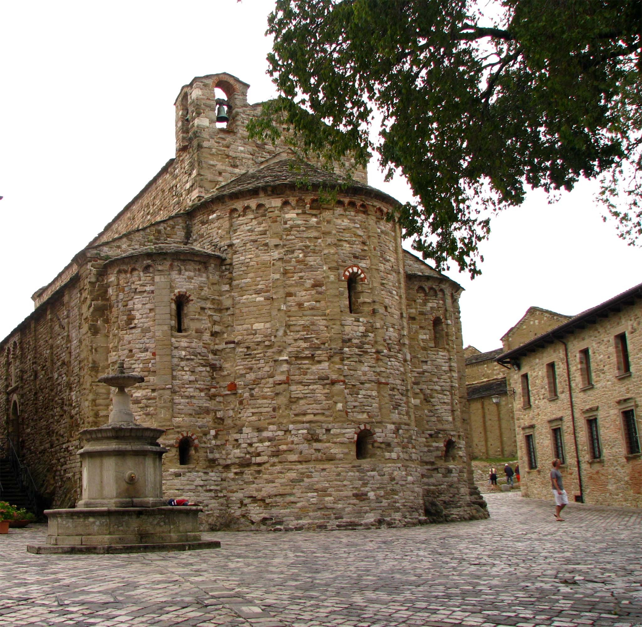 Церковь Санта Мария Ассунта, Сан Лео