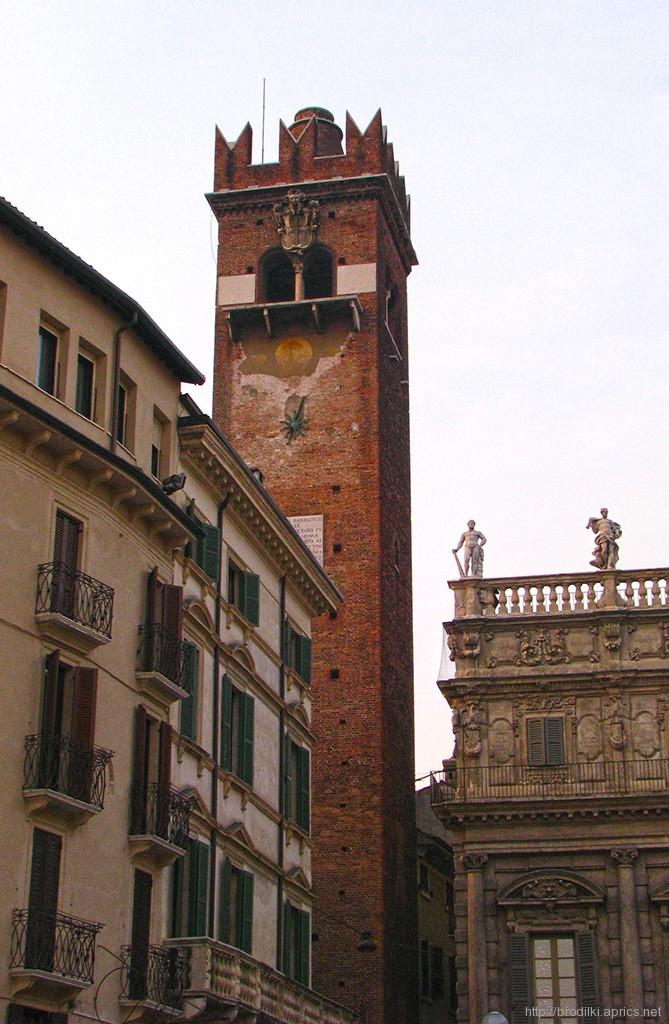 Башня дель Гарделло, Верона, Италия