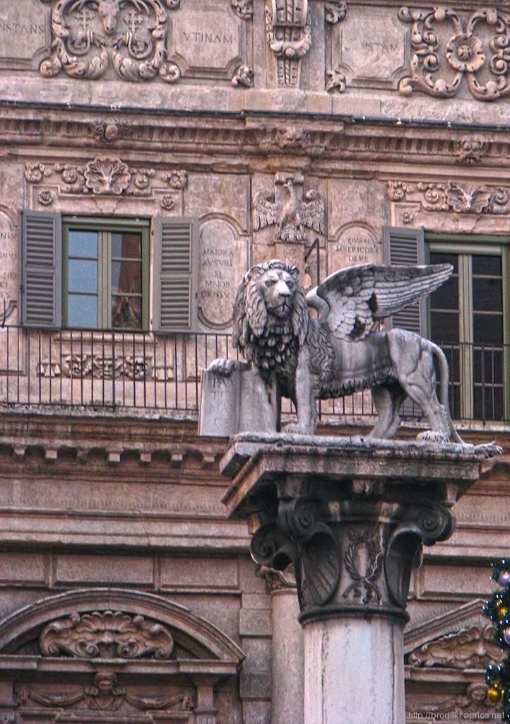 Колонна св.Марка, Верона, Италия