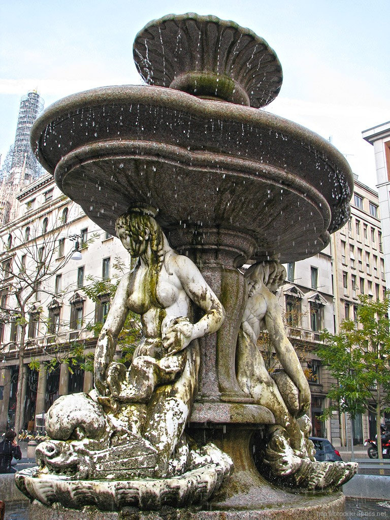 Фонтан на площади Фонтана, Милан (1782г.)