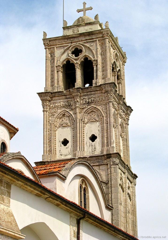 Колокольня храма Святого Креста в Лефкаре