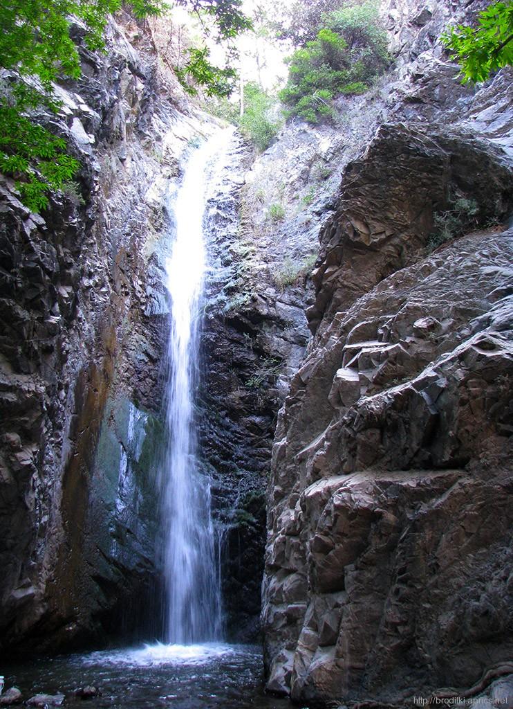 Водапад Миломери (Milomery), Платрес, Кипр