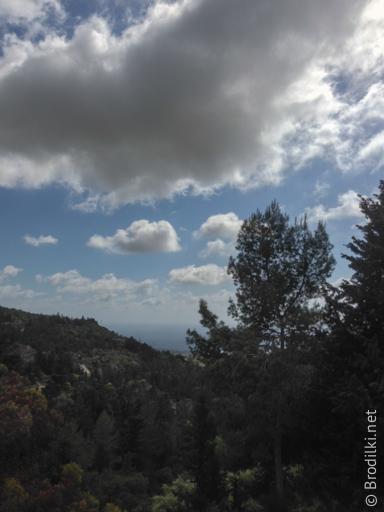 В окрестностях монастыря Агиос Неофитос, Кипр