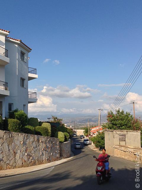 В районе Полиса, Кипр
