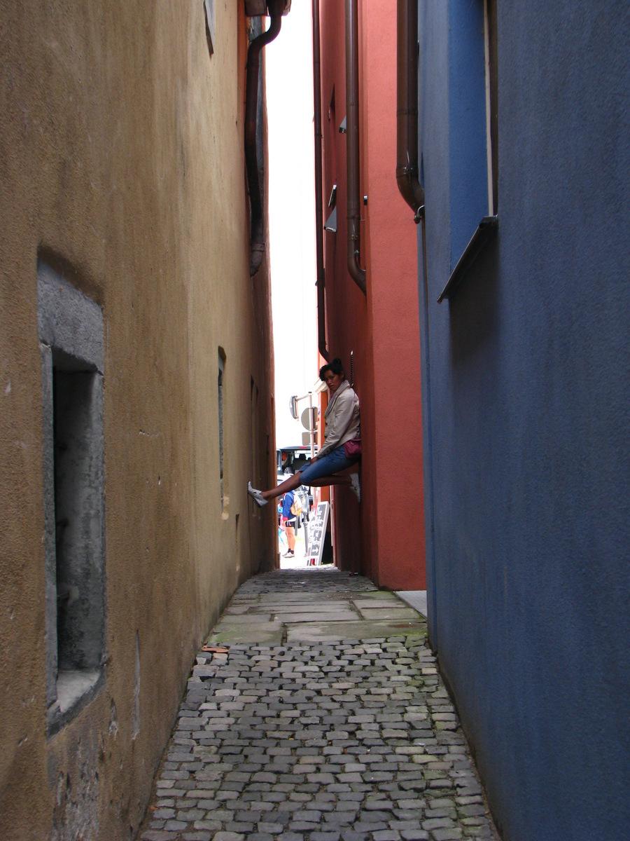 Очень узкая улица в Линдау