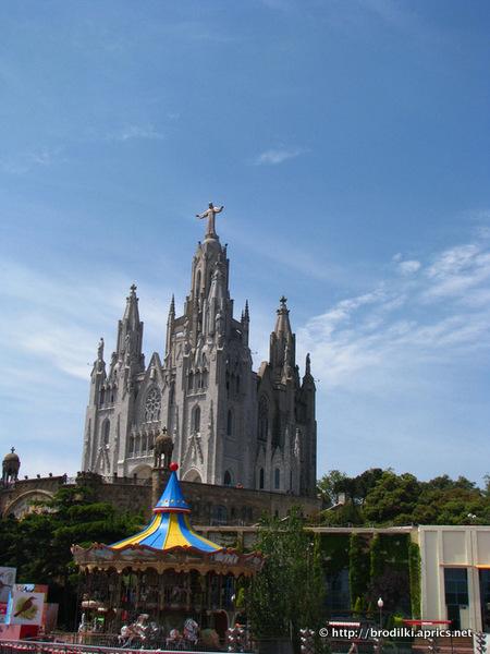 Храм Святого Сердца (достопримечательности Барселоны, Испания)